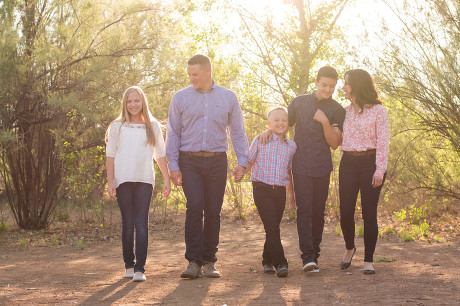 Family portrait. Gilbert, AZ. Jubilee Family Photography.