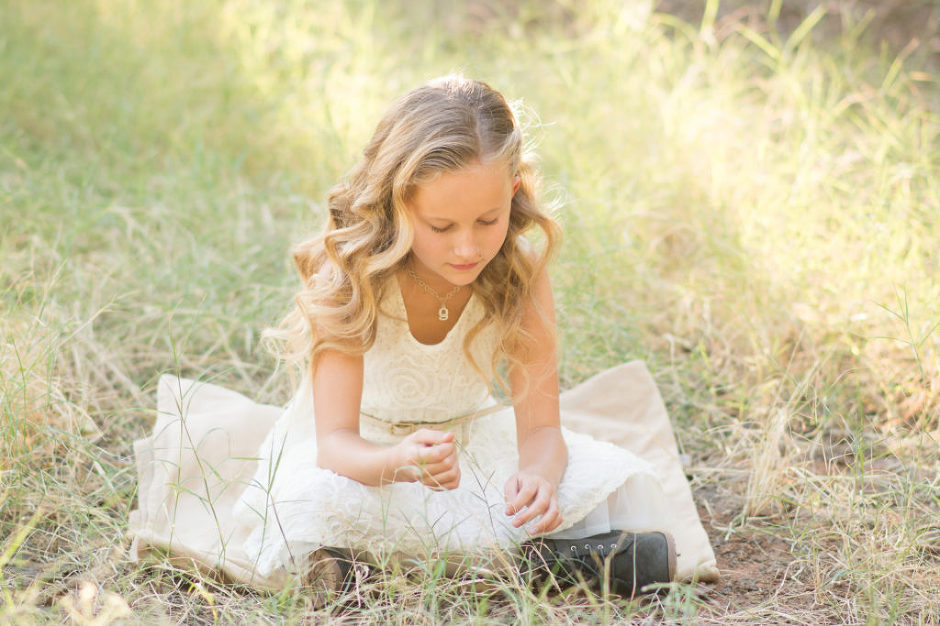 Young girl photographed by Jubilee Family Photography in Gilbert, AZ.