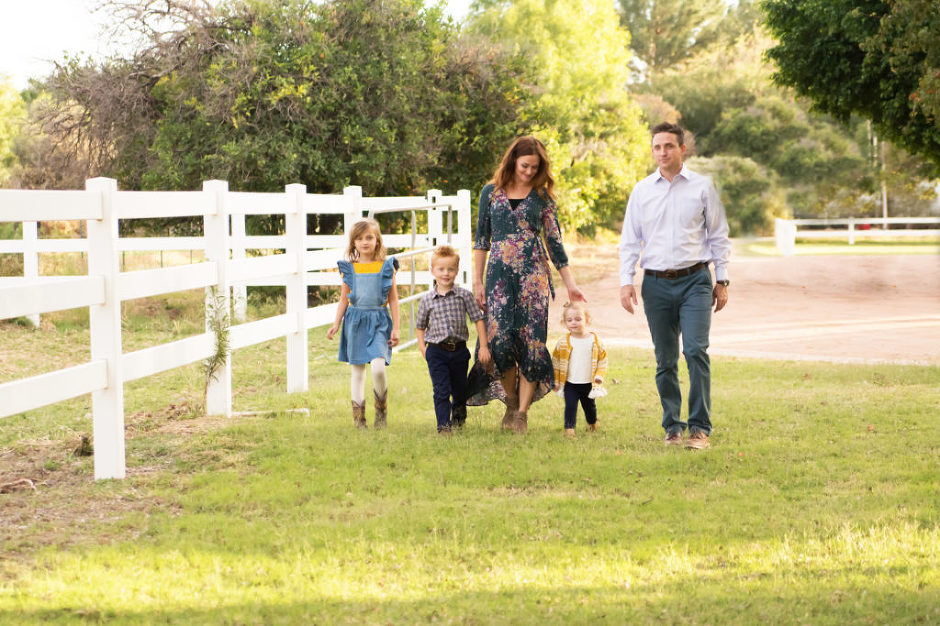 Family photographed by Melissa Maxwell of Jubilee Family PHotography in Gilbert, AZ.